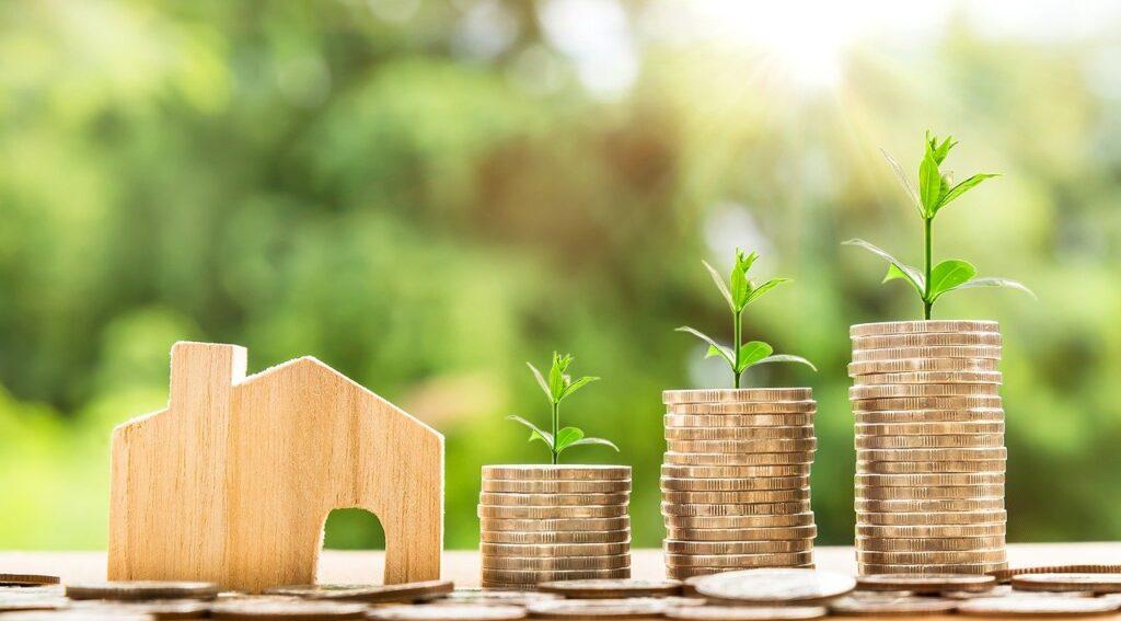 Что выгоднее: недвижимость или вклад. Разберемся за пять минут