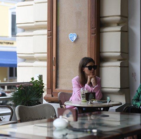 Власти Москвы уточнили правила работы кафе и баров с 19 июля