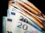 Средневзвешенный курс доллара США к российскому рублю со сроком расчетов «завтра» по состоянию на 11:30 мск 10 сентября составил 72,76 руб. От IFX