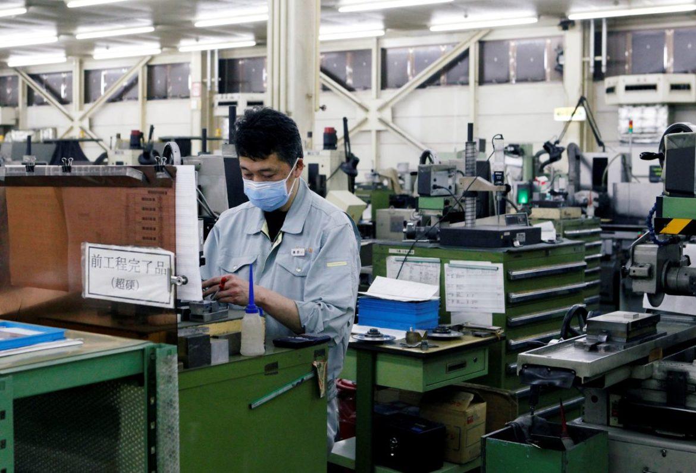 Заказы на базовое оборудование в Японии выросли в июле